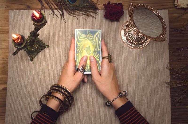 Tarot Online  - Poznaj Swój Los